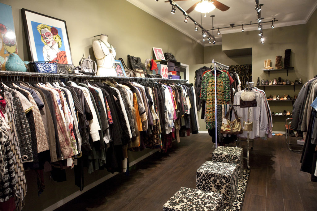 Tips To Get The Complete Market Overview Before Starting Ladies Clothing Business